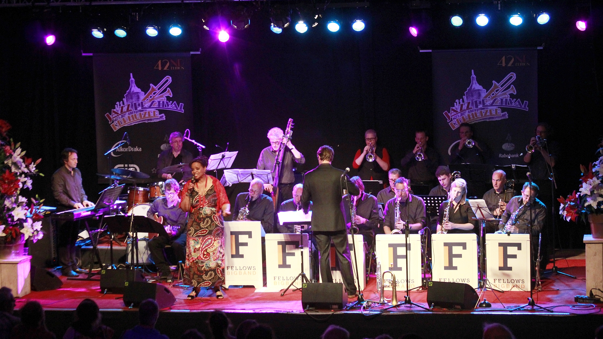 16 Fellows Big Band