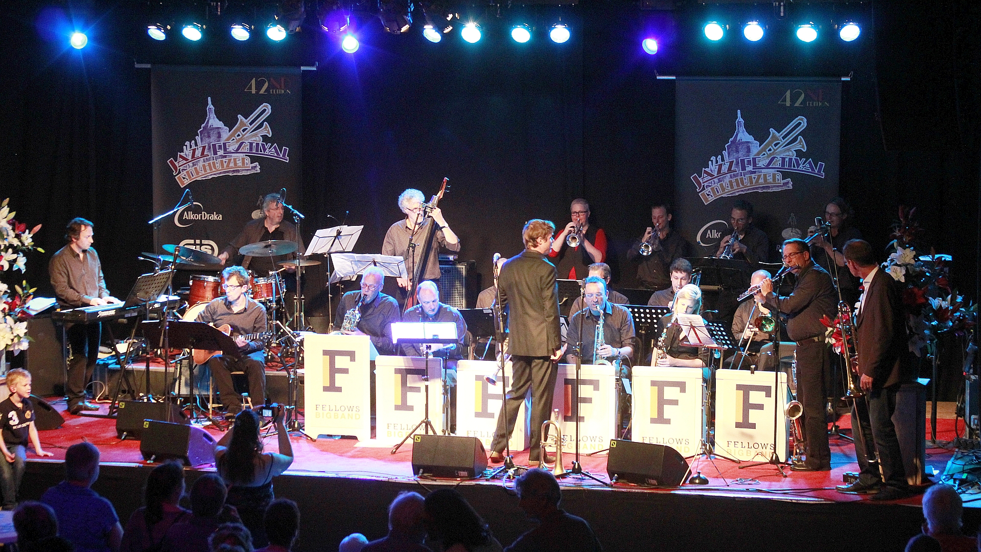 18 Fellows Big Band